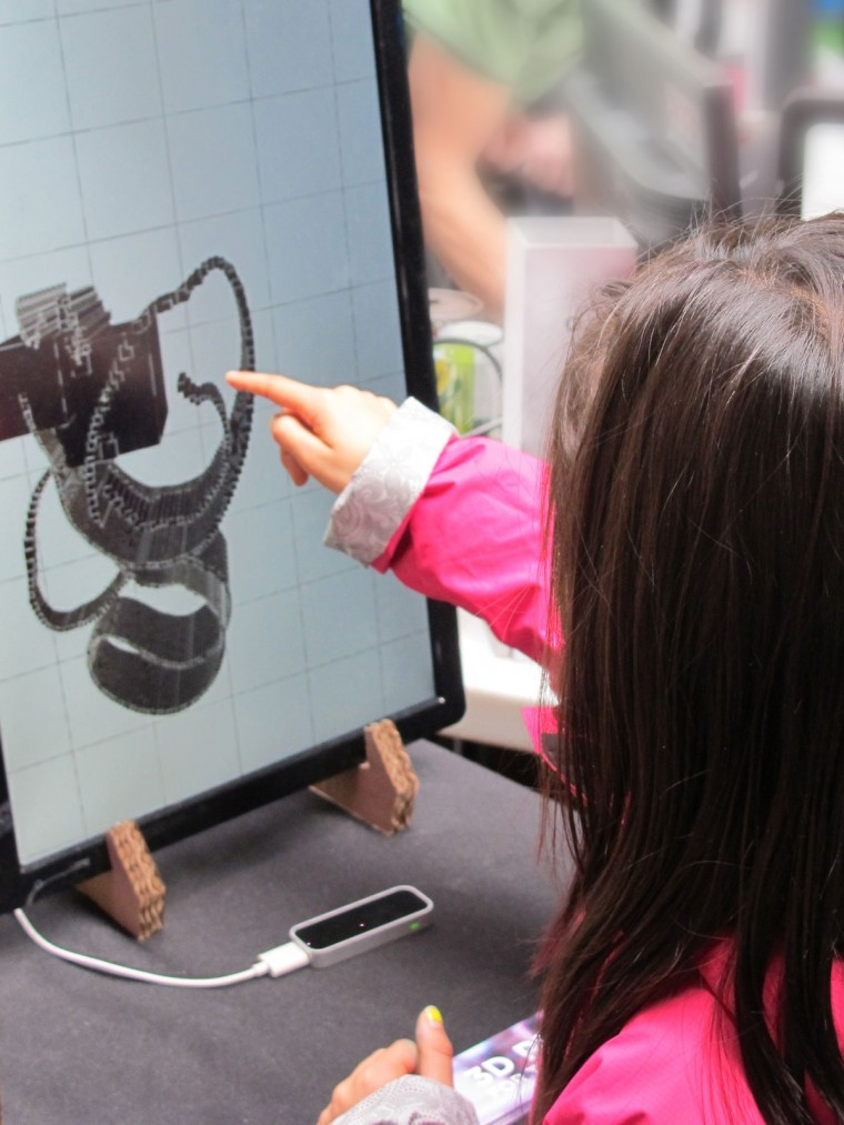 3D Printing Finger Painting Leap Motion