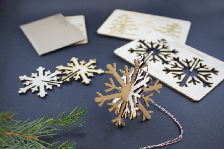 Wooden Ornament Greeting Cards