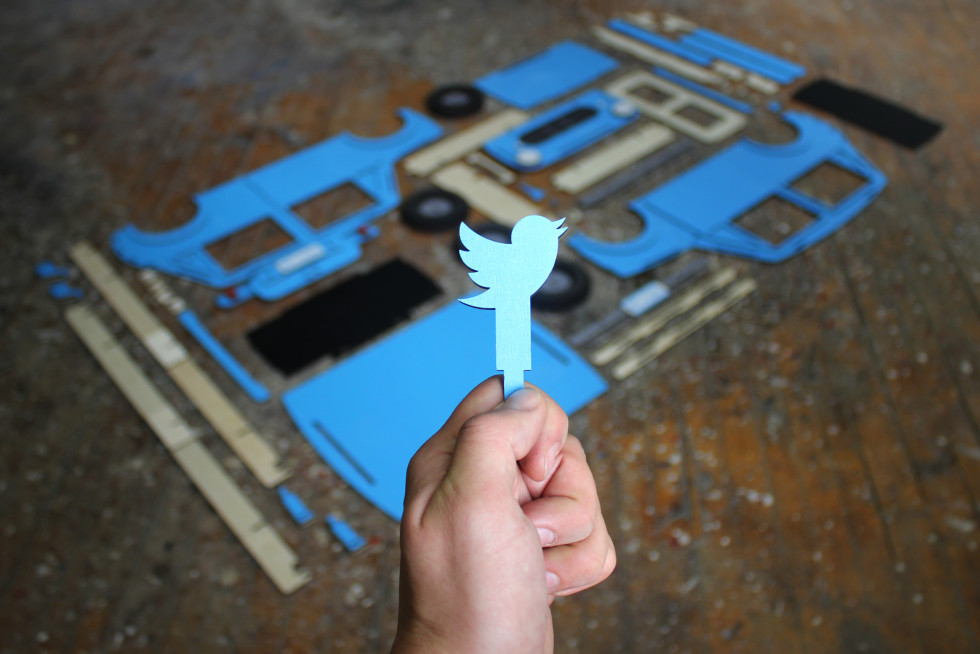 Hot-Pop-Factory-Laser-Cut-Car-Twitter