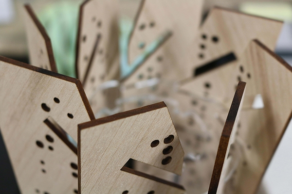 Laser Cutting Plywoods Lamp 600Px